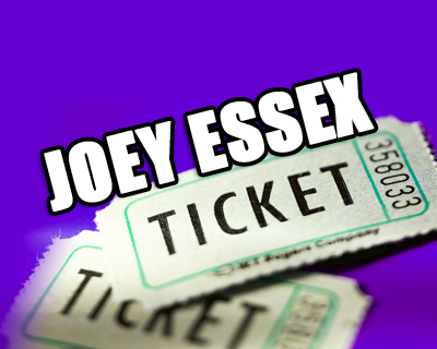 joey-buying-tickets-online